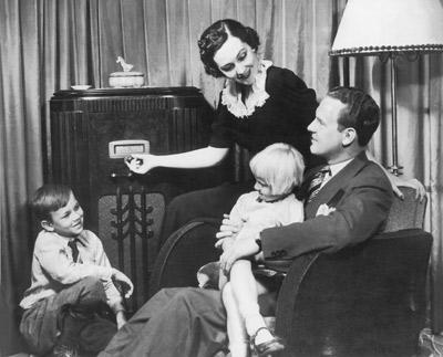 Radio+1920