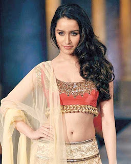 Beautiful Shraddha Kapoor HD wallpaper