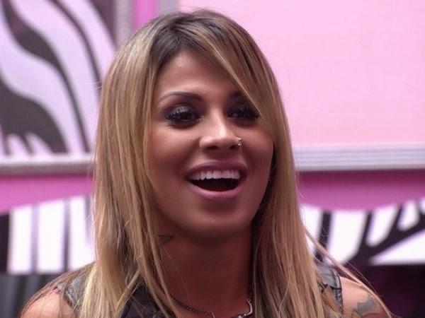 Vanessa é a preferida do público e leva o prêmio de 1,5 milhão do BBB14, com 53% dos votos.