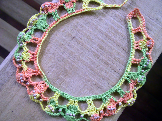 Beads and crochet in multicolor thread