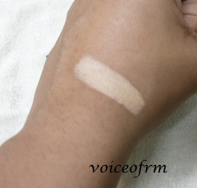 Lakme Absolute White Intense Concealer Stick swatch