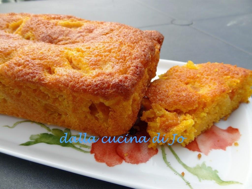 torta di carote e albicocche