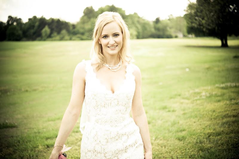 Laura: Bridal