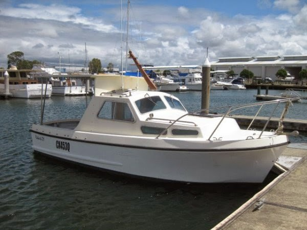 21' Roberts Longboat - Price: AU $28,500