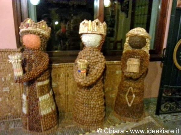 Presepe di tappi ristorante Passone di Montevecchia i re magi