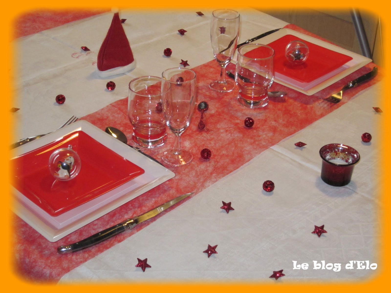 Le blog d 39 elo d co de table no l en rouge et blanc for Table noel rouge et blanc