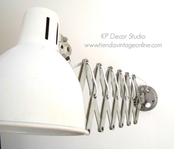 Lámparas vintage online años 60, apliques con brazo metálico