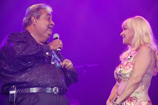 Anthony Ríos y Yolandita Monge en una Historia de Amor y Humor en el Teatro United hoy!