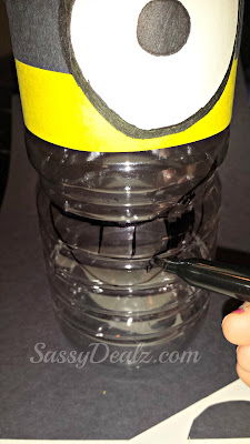 drawing minion smile on water bottle craft