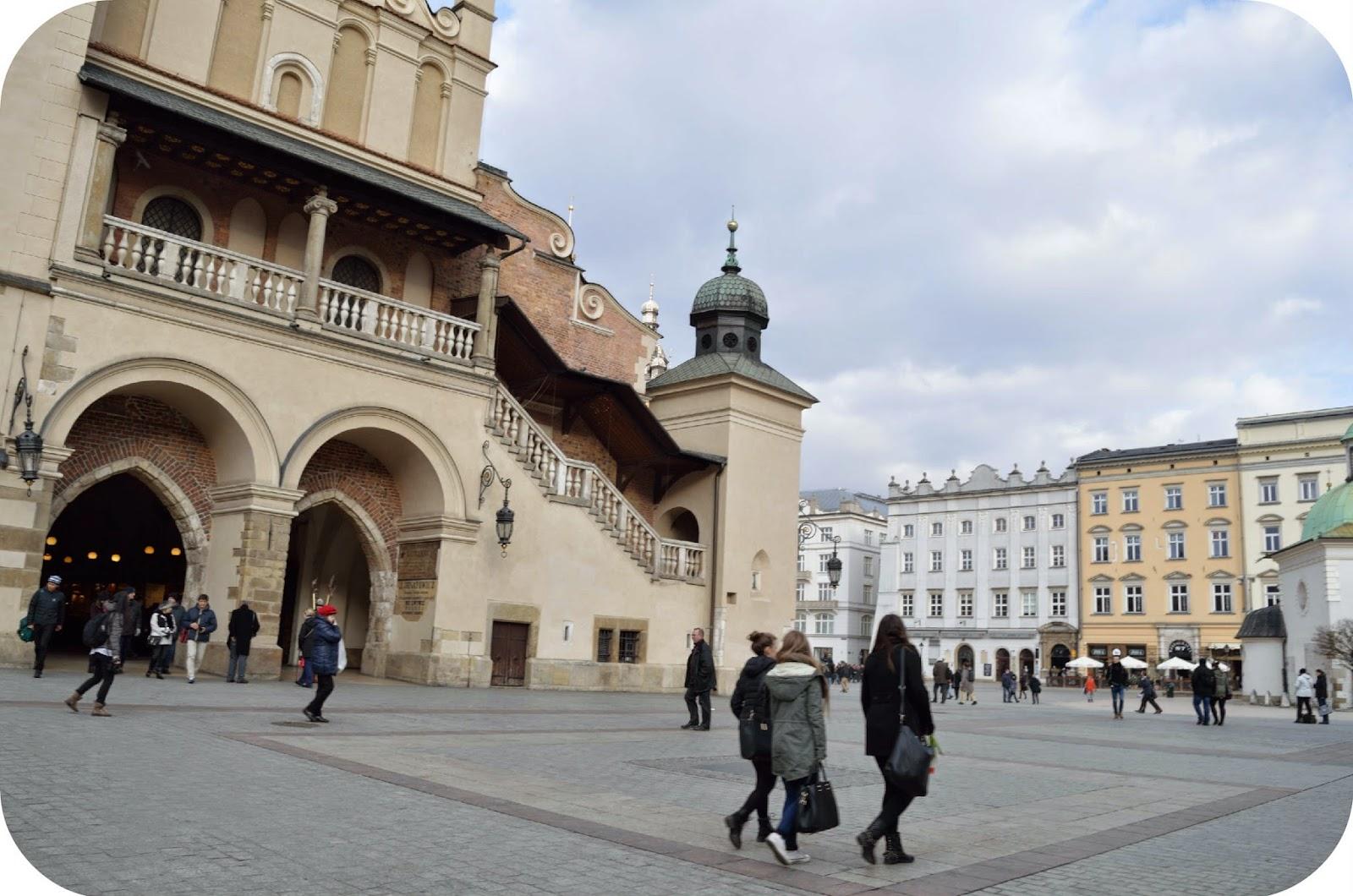 Kraków, Marzec, Wypad, Weekend, Co warto zwiedzić, Rynek Główny, sukiennice, atrakcje