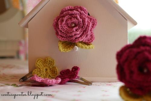 Alfinetes em crochet - rosas