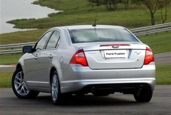 automotiva ford convoca recall de unidades do fusion 2011. Black Bedroom Furniture Sets. Home Design Ideas