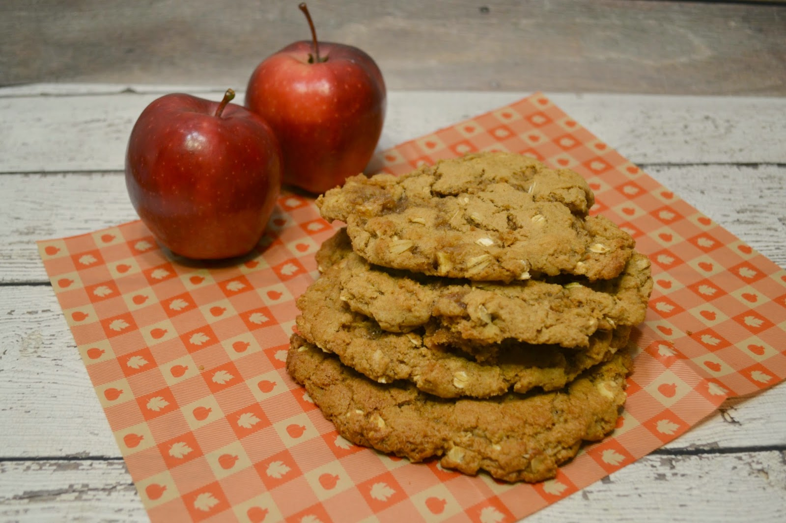 Big Apple and Peanut Butter Breakfast Cookies #Recipe |Building Our ...