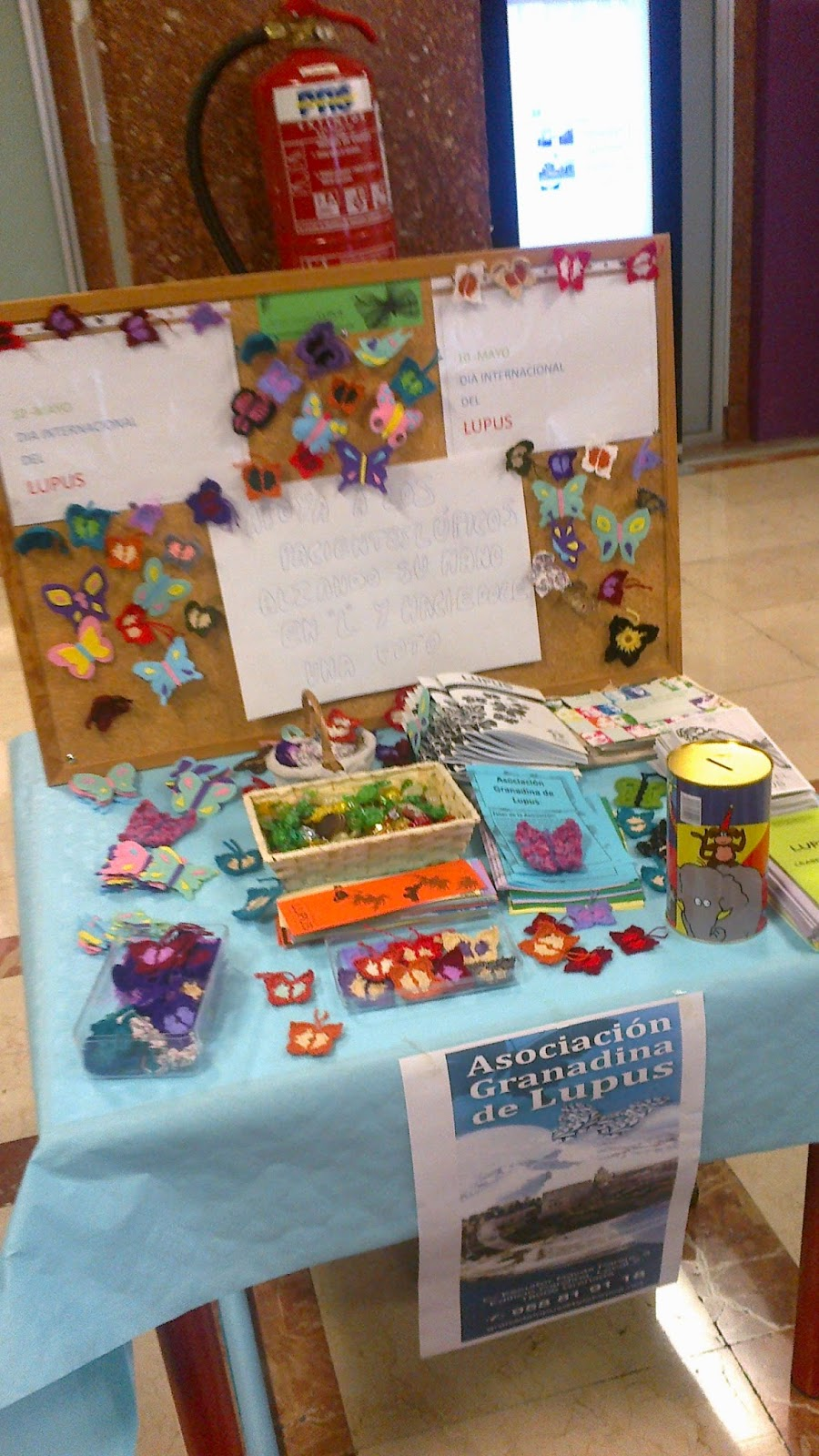 Mesas informativas día internacional del lupus Granada