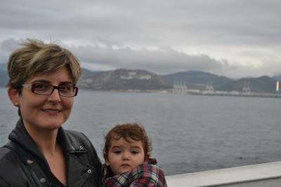 Amb la petita Salma arribant al port de Tànger