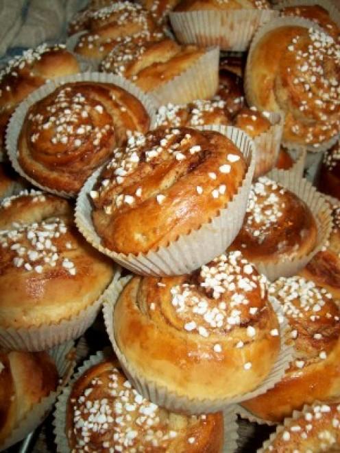 how to make swedish cinnamon buns