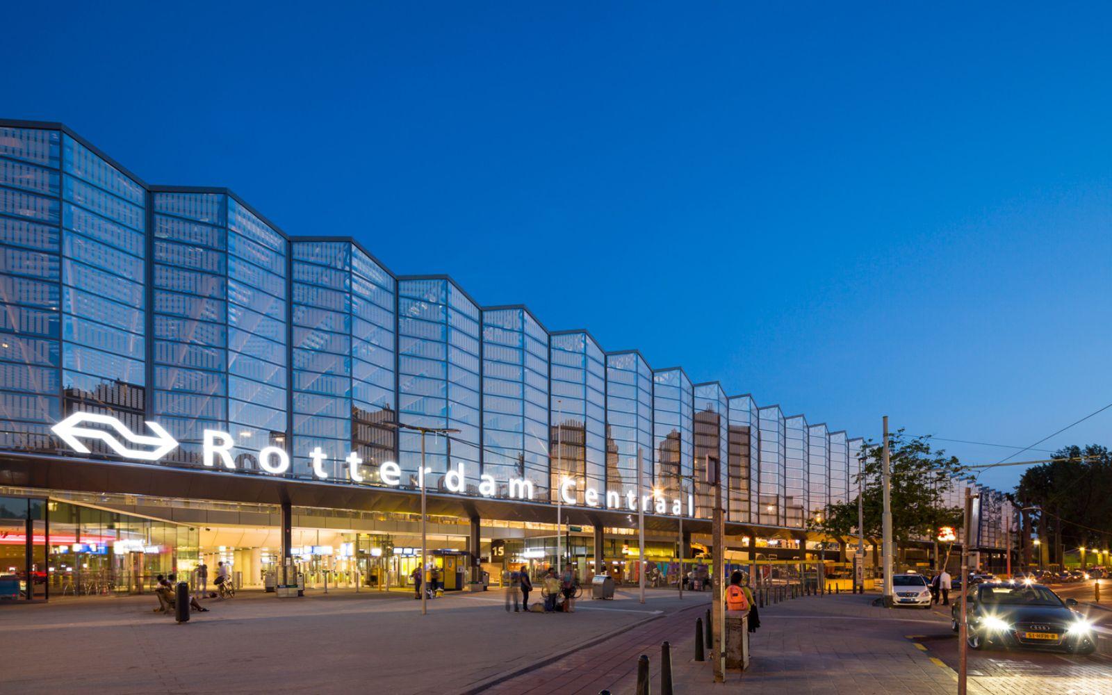 03-Rotterdam-Centro-Estación-por-Team-CS