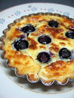 blueberry-cheesecake-tartlet
