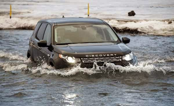 2015 Land Rover Discovery Sport SUV Canada First Drive