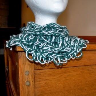 armknitting infinity scarf in double knit yarn