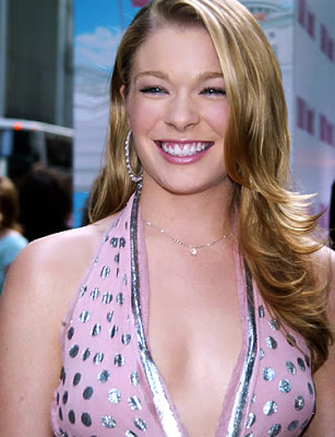 Leann Rimes Staging Tornado Benefit