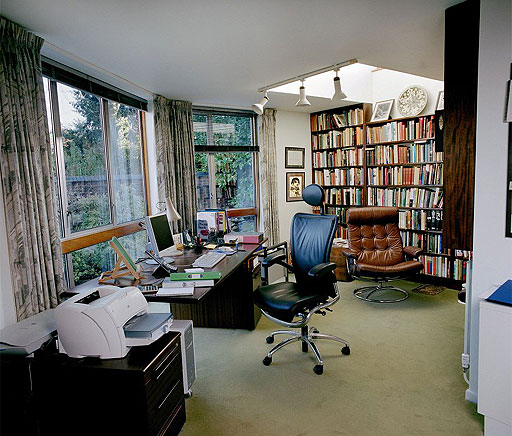Ten Thousand Places Writers Homes And Writers Rooms