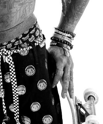 fotos de lil wayne promocionando la ropa de trukfit