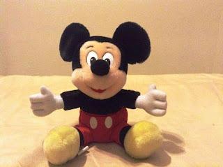 Gambar Boneka Mickey Mouse Lucu 4