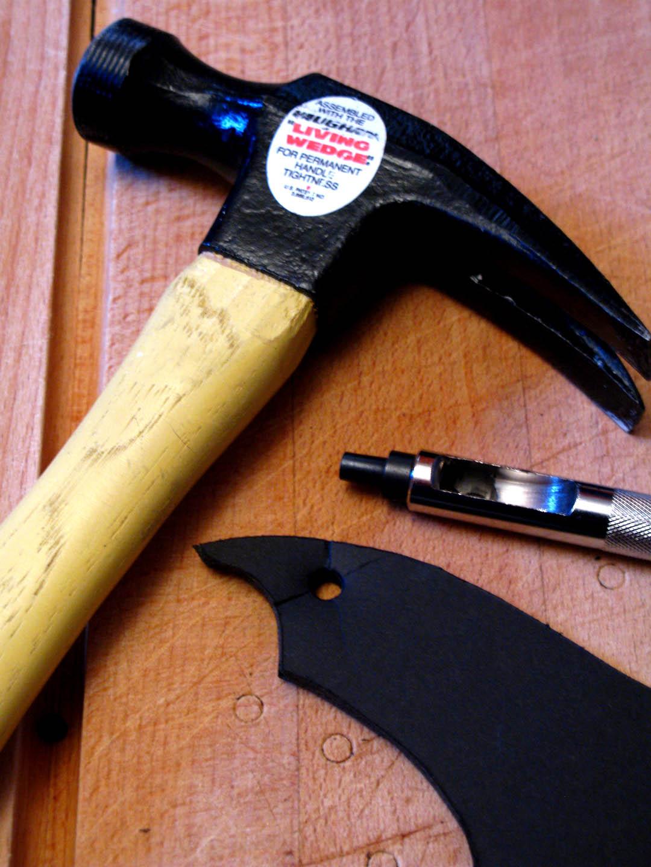 how to treat exacto knife cut