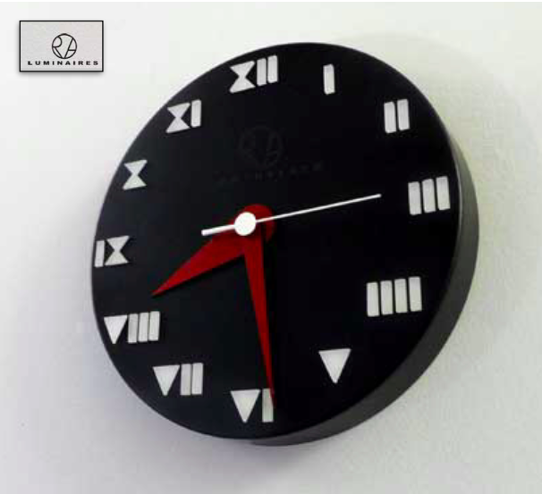 Horloge moderniste