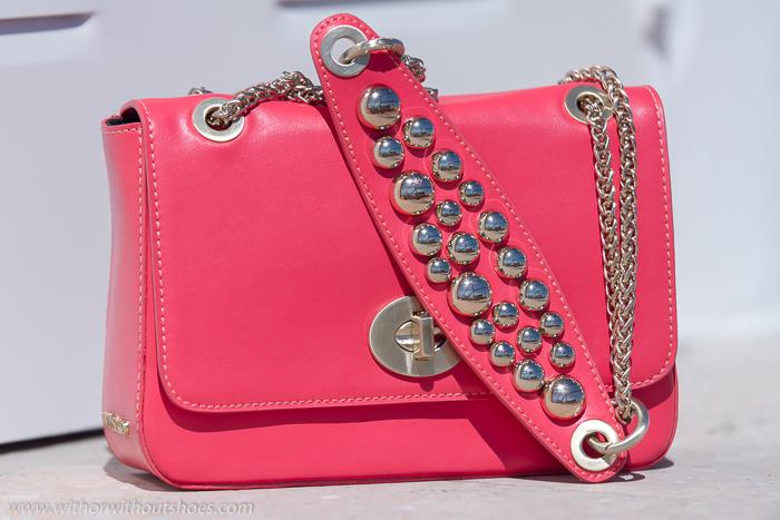 Tendencias en accesorios y bolsos de las mejores marcas