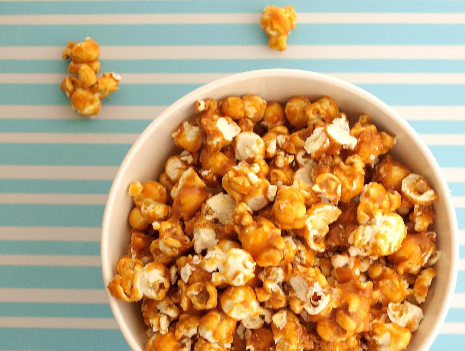 Caramel Popcorn | Pavlova's Dog