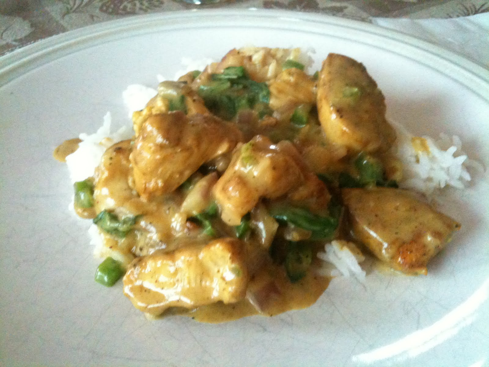 I Steal Great Recipes: Basil Chicken in Coconut Curry Sauce