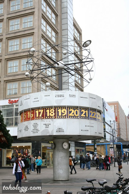 The World clock, Alexanderplatz Berlin