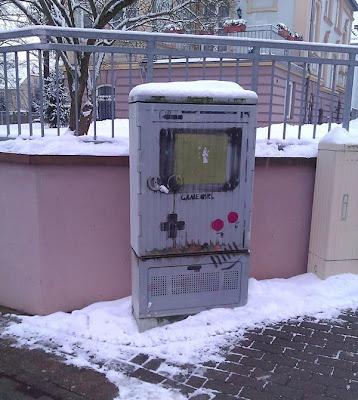 Game Boy en la calle