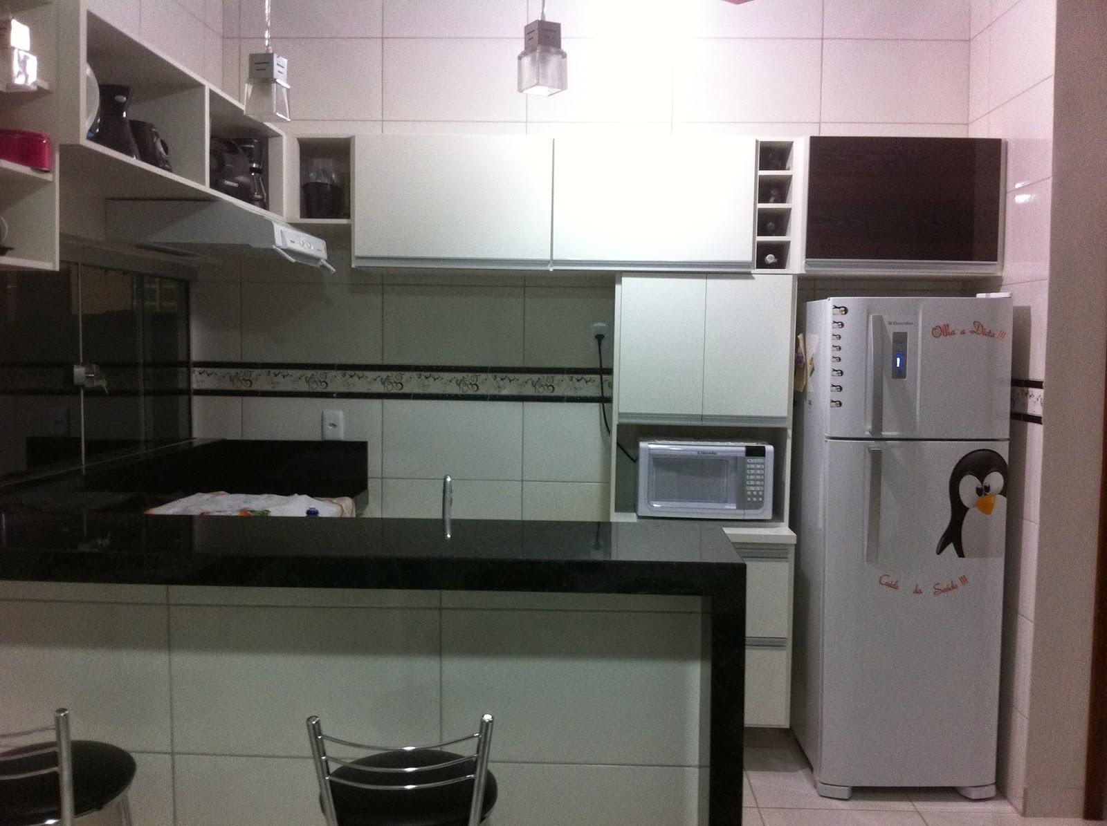 Meu Doce Amado Cantinho: Armário da Cozinha e Gabinete do Banheiro. #755662 1600 1195