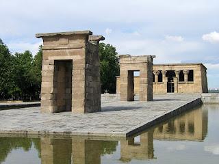 Debod Tapınağı