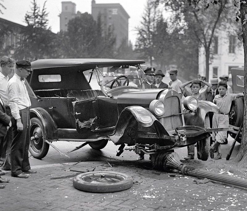 Lester Picket ® ™: Car Crashes between 1917 - 1940