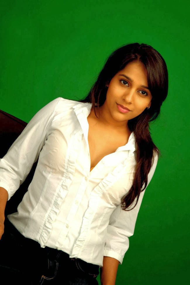 Hot Blog Photos: Jabardasth Anchor Rashmi Gautam Latest ...