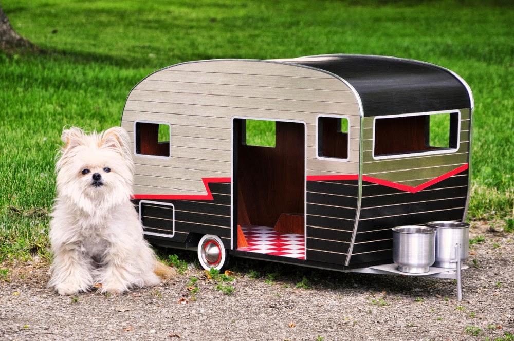 Casas Remolque para Perros, Materiales Sostenibles y Reciclables