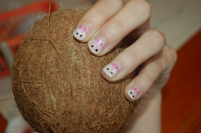 Rabbit manicure;)