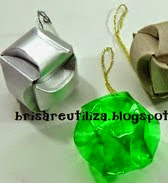 http://brisareutiliza.blogspot.com.es/2014/11/esferas-navidenas-con-diferentes.html