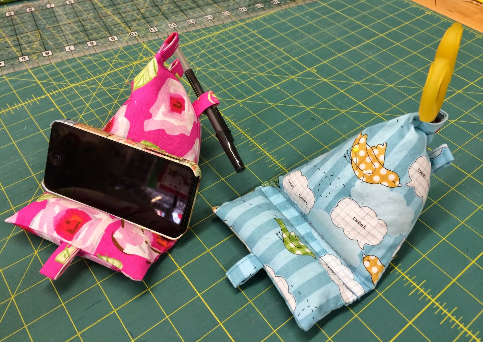 Quiltsmart Gadget Cushion