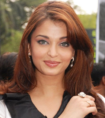 Aishwarya%2BRai%2B%25252833%252529 ... men who can plug any pipe, fill any hole and make any fountain spurt!