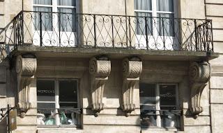 Balcon du 32 rue Saint-Antoine à Paris