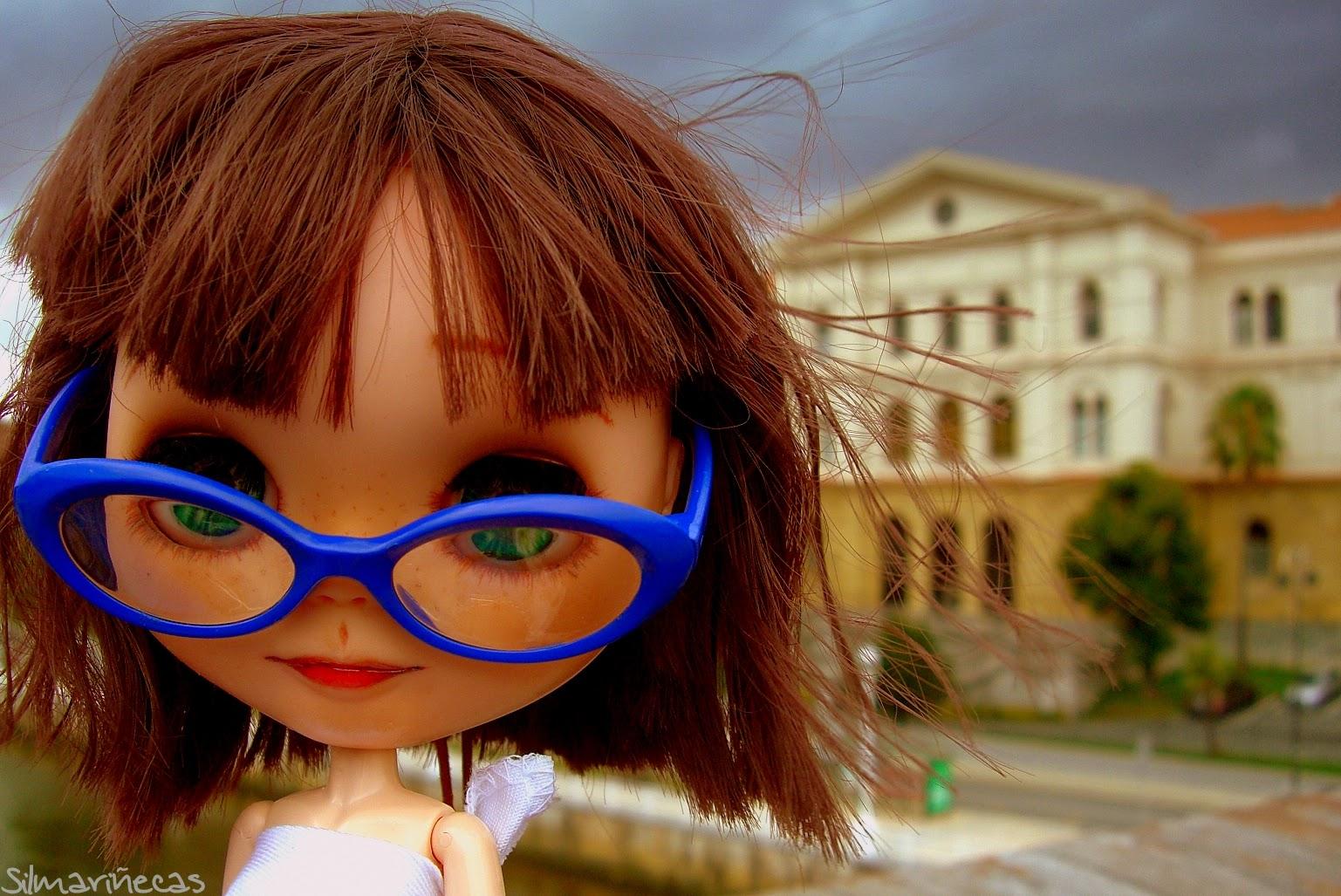 Basaak doll y la universidad de Deusto