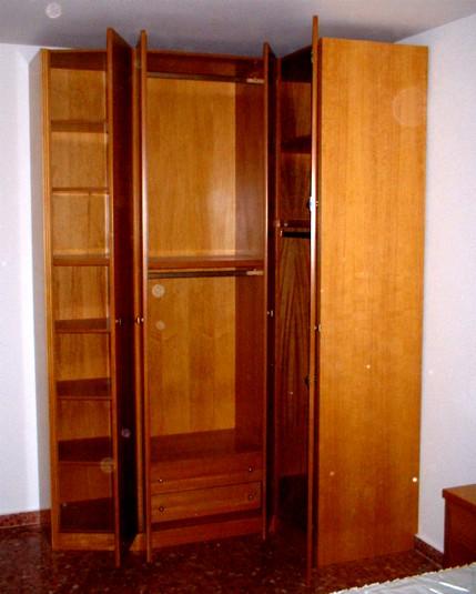 Luis ngel mueblista decorador mueble barnizado for Como lacar un mueble barnizado