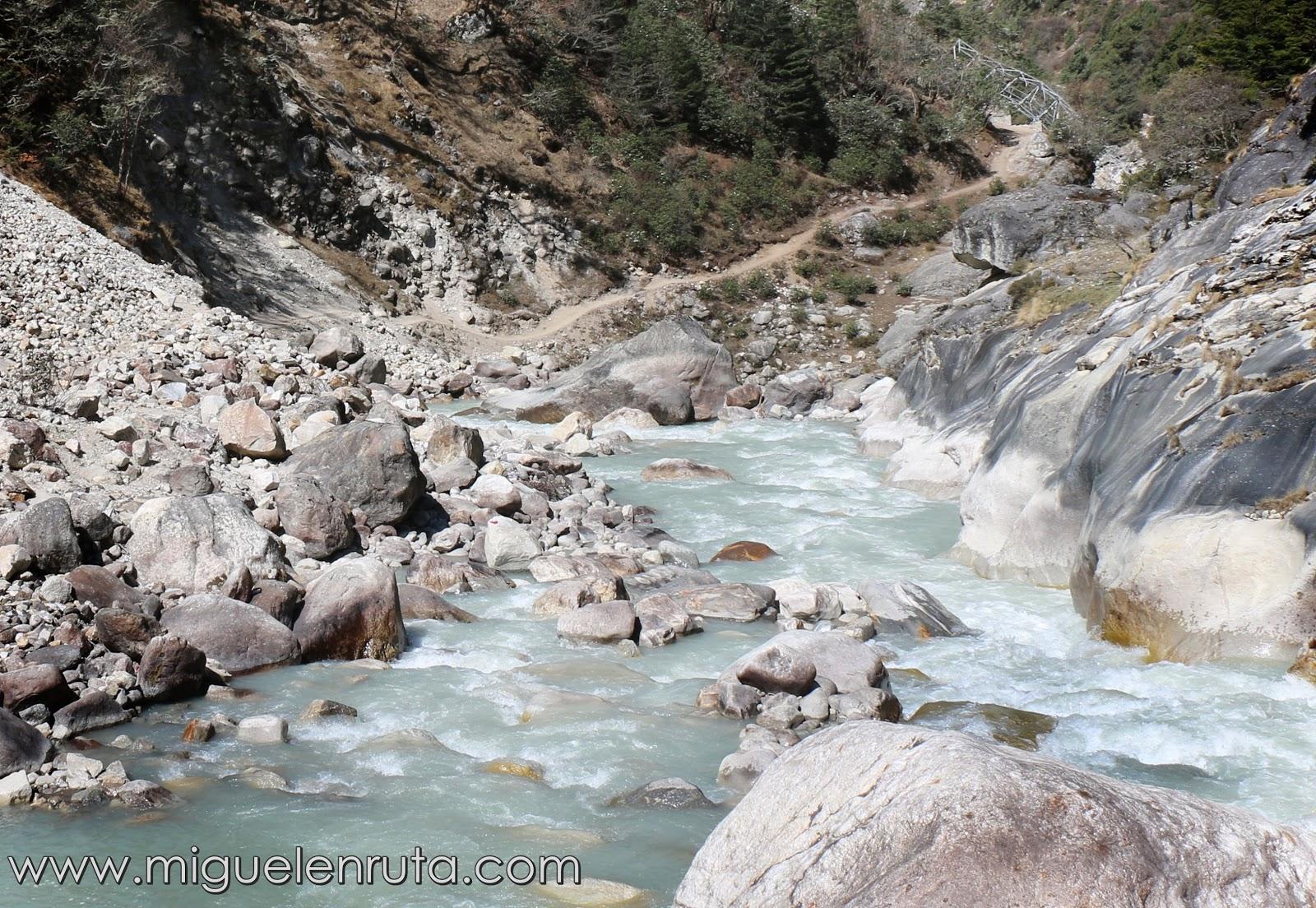 Imja-Khola-Solu-Khumbu