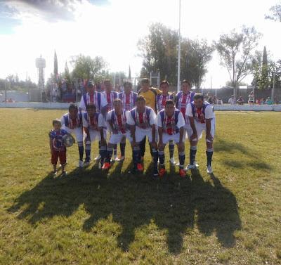 La Escuela Tabares de San Gustavo venció 3 a 1 a Unión de La Paz
