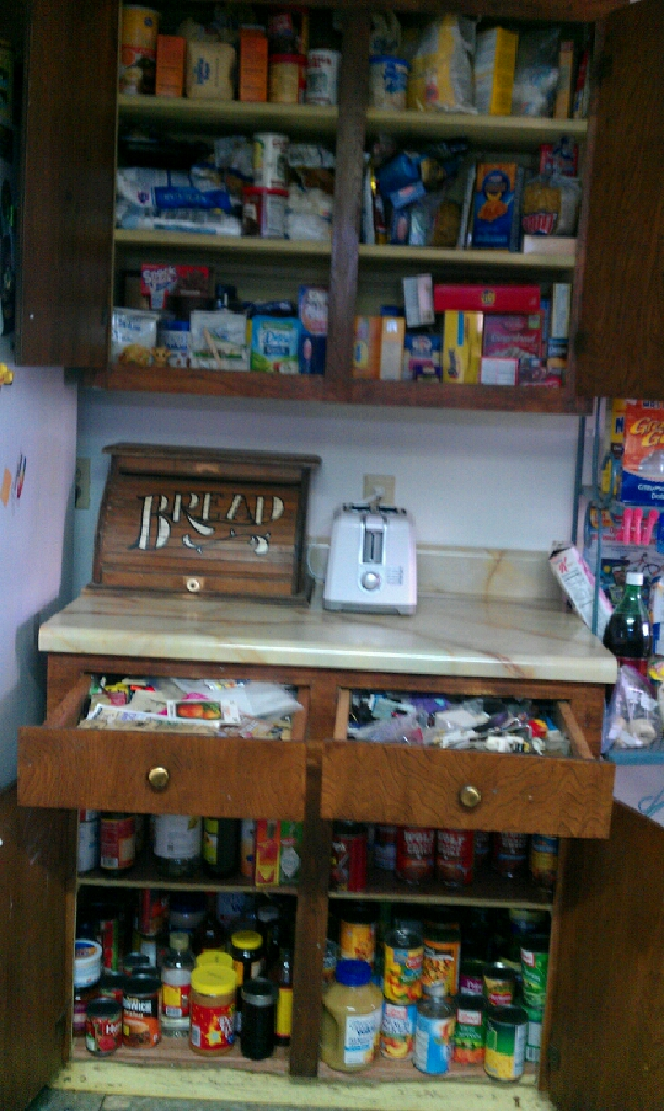 Food Cabinets And Junk Drawer Clutter